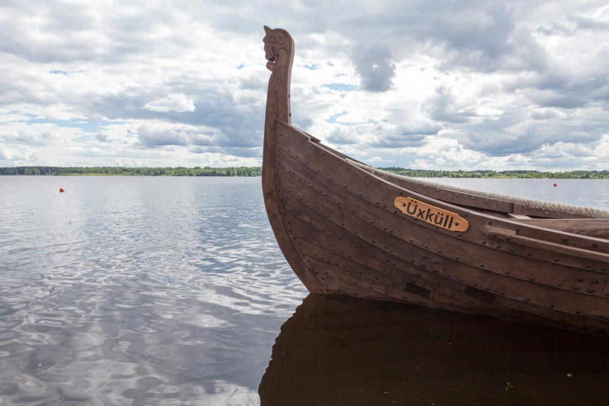 """""""Üxküll"""", autentisks vikingu kuģis, ar kuru notiek braucieni pa Daugavu"""